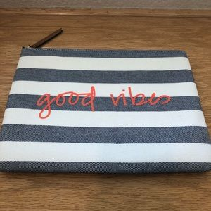 Brand New 11x8 Stella&Dot good vibes clutch